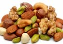 Eating nuts reduces the risk of cancer